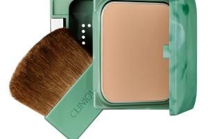 Almost powder makeup Clinique